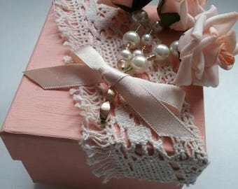 Pretty peach decorated rose pearl gift trinket box