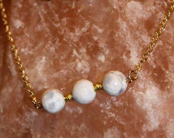 Agate Necklace | Gold Chain Necklace | White and Grey Agate Necklace
