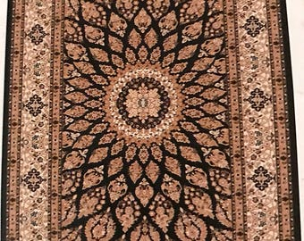 Beautiful Persian Rugs Available in Different Sizes & Colors