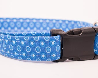 Blue Dot Collar