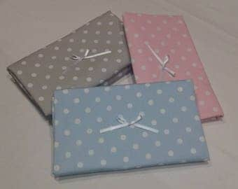 15% discount - changer diaper folding with estamapado of polka dots and white decorative bow, close with velcro, hand-made