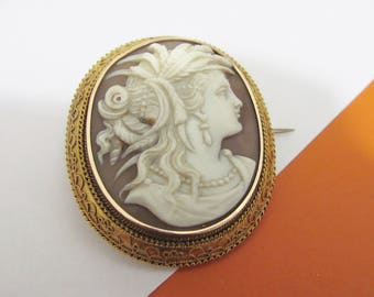 Museum Quality Antique Victorian Carved Goddess Lady Shell Cameo Photo Brooch