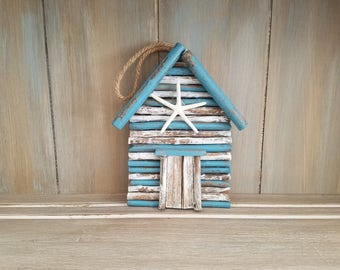 Wooden Beach House Wall Hanging