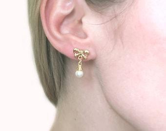 1980s Vintage Faux Pearl Bow Earrings