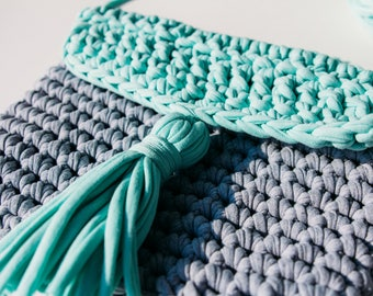 Knitted Clutch Purse (Mint Grey)