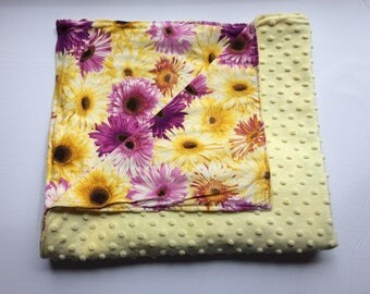 Baby blanket, minky yellow, cotton blossom