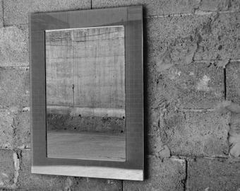 Mirror plexiglass