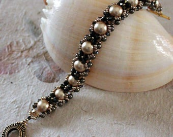 Swarovski Pearl and Crystal bracelet.