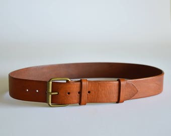 "Simple tan leather belt for men women with roller buckle 1 1/2"" wide // Full grain leather // Handmade boyfriends gift // birthday present"