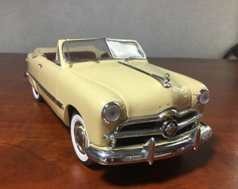 Danbury Mint 1:24 scale 1949 Ford Custom model car