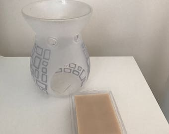 Wax Melt | Soy Wax | Handmade | Custom Made| Highly Scented | Butterscotch Candies| Clamshell | 6 Melts