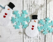 Small Snowman Banner // Snowflakes // Winter // Garland // Photo Prop // Frosty // Christmas