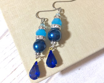 Blue Rhinestone Earrings, Blue Pearl Earrings, Fancy Blue Earrings, Vintage Rhinestone Drop Earrings, KreatedbyKelly (DE1)