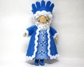 King Winter Bendy Doll, Waldorf Felt Bendable DollHouse, Winter Nature Table Decor, Christmas doll, Small MIniature Felt Figure, Ornament