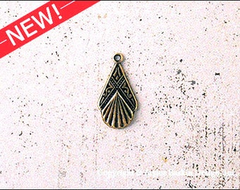 Antiqued Polished Brass Art Deco Earring or Pendant Drop (item 1111 AG) - 6 Pieces