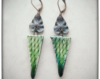 Snake In The Grass Earrings, summer spring lightweight porcelain jungle dangle mod boho green leaves snakeskin lizard