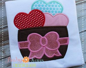 Barrel of Hearts Applique Design 4x4, 5x7, 6x10, 8x8