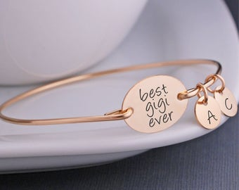 Gift for Gigi, Mother's Day Gift for Gigi, Gold Gigi Bracelet, Personalized Gigi Jewelry