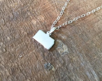 Tiny state charm necklace-ALL fifty states available-miniature state necklace-state jewelry