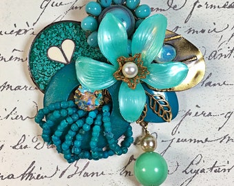 Vintage Collage Brooch pin teal flower heart rhinestone pearl Gloria upcycled