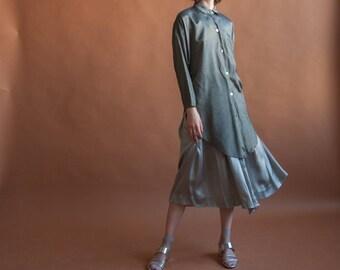 oversized metallic gray blouse / long button up blouse / button down shirt / s / m / 2515t / B18