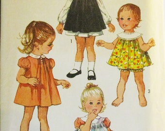 1970s Vintage Sewing Pattern Simplicity 8712 Toddlers Dress, Pinafore & Panties Pattern Size 1 Breast 20