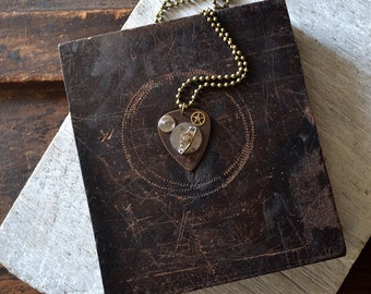 Steampunk Guitar Pick Necklace - Mens Necklace - Gears - Musician -  Dad - Husband - Custom Guitar Pick