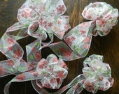 """Set of 4 Wire Ribbon Bows with Sparkling Red and Green Snowflakes Bow 10"""" and 3- 6"""" for a Tree Topper, Package, Wreath, Flower Arrangement"""
