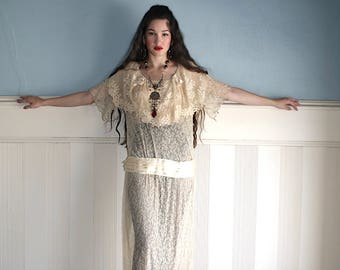 SWEET CHARLOTTE Edwardian Lace dress Beautiful 1910 teens vintage