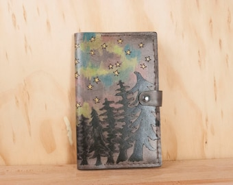 Leather Moleskine Journal Cover - Only in the Darkeness Can You See The Stars - Trees and Northern lights with Inspirational Quote