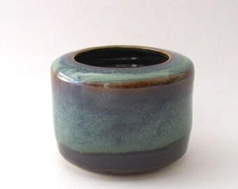 Ikebana Cylindrical Shape Vase with Pin Frog - Ponderosa Glaze