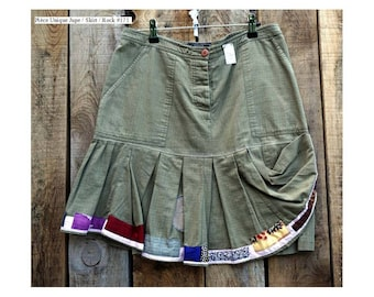 Khaki skirt with lines Patchwork size 40