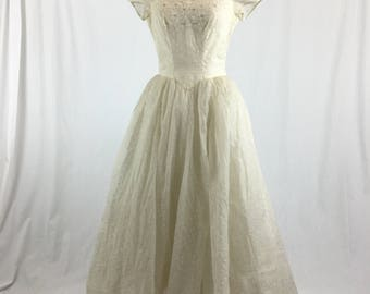 1950's Ivory Wedding Gown - Size S/M