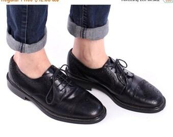 SALE . BROGUE Shoes 90s Mens Leather Black 1990s Lace up Cap Toe Perforated Vintage Derby Oxford European Shoe Men Gift Eur 40, Us men 7.5,