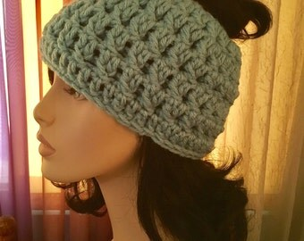 Messy Bun hat Chunky Crochet Hat Womens Chunky Your Bun Messy Color Hat Crochet Accessories Hat Womens Slouchy Tam Beret Crochet Hat