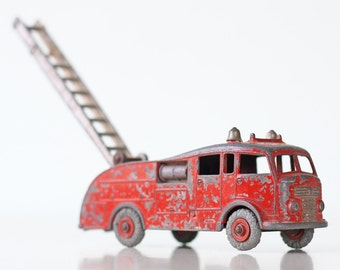 Vintage Fire Engine Truck by Dinky Toys, England, Meccano 555