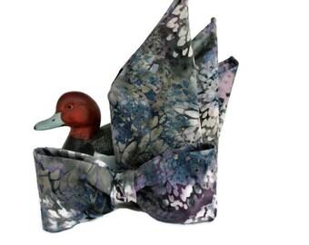 Suit Hankie and Bowtie , Bow Tie Pocket Square , Batik Muted Colors Handkerchief , Groomsmen Gift , Groom's Tie , Mens Wedding Set