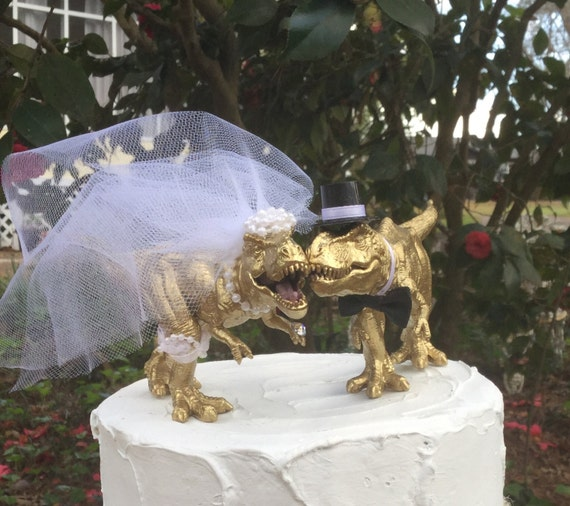 dinosaur wedding cake dinosaur wedding cake topper t rex cake topper open and 13530