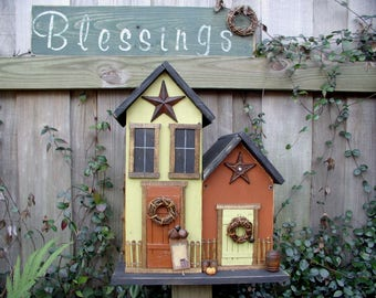 Country Farmhouse Rustic Birdhouse