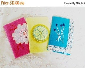on sale small needle keeper for hand sewer, embroidery accessory for hand sewer, small wool felt needle book