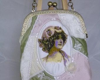 Vintage Lady Silk Frame Bag