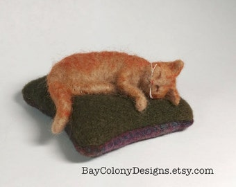 Pincushion with Needle Felted Yellow Tabby Kitty Cat Pincushion - READY TO SHIP (12816)