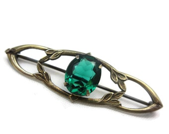 Art Nouveau Jewelry Brooch - Emerald Green Glass Stone, Sterling Silver