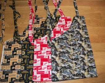 Barbeque Apron in Hockey Patterns (Choose Pittsburgh Penguins, Detroit Red Wings, Boston Bruins or Anneheim Ducks)