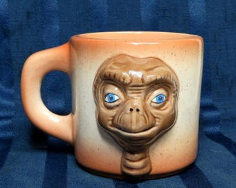 Vintage E. T. Extra Terrestrial Ceramic Coffee Mug Cup/ 3D Alien Face