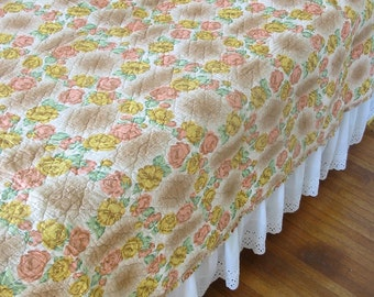 Vintage Floral Bedspread, Floral Quilt, Twin Bedspread Quilt, Double Full Quilt Bedspread, Pink Green Yellow Bedspread, Shabby Cottage Chic