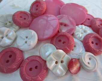 Vintage Buttons - Cottage chic mix of pink and white lot of 25 old and sweet(oct 206)