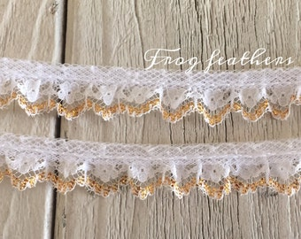 WHITE/GOLD Edge Ruffled Lace Trim 5/8 inch -5 yards for 3.29