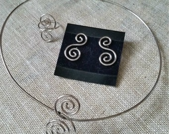 Necklace Ring Earrings Avon Spun Swirl, Silver Wire Spiral, 1977 Box Costume Jewelry collectible, adjustable size
