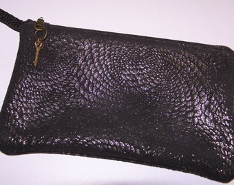 Black Anthracite Dragon Scale Print LEATHER Wristlet Hand Bag
